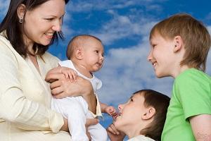 Выплаты по узоду за ребенком в 2021 после 1 5 лет