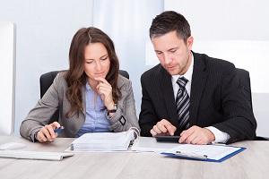 Правила заключения трудового договор с главным бухгалтером – условия, содержание, образец соглашения