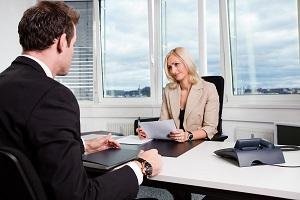 Правила и порядок переноса отпуска по инициативе работника по ТК РФ - причины, основания, документы, оформление