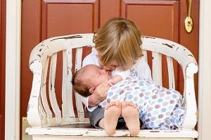 Оплата по уходу за вторым ребенком 2020
